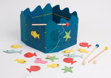 Zabawy zręcznościowe - łowienie rybek - zabawki drewniane